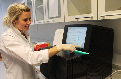 Fyrstu genomini lisin